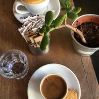 12/3/2017 tarihinde Parisienziyaretçi tarafından Coffee Manifesto Moda'de çekilen fotoğraf