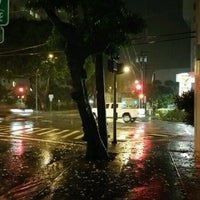 Photo taken at King St & Kalakaua Ave Intersection by Stephen C. on 9/14/2016