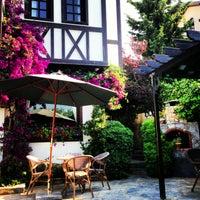 6/25/2013 tarihinde Bikoziyaretçi tarafından Zinos Country Hotel'de çekilen fotoğraf