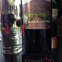 Das Foto wurde bei Newton 272 Wine & Mezcal Room von Isaac Z. am 1/13/2014 aufgenommen