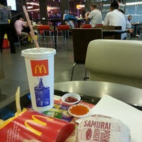 Photo taken at McDonald's & McCafé by Eddie C. on 4/29/2013