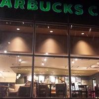 Foto tomada en Starbucks por GaPs D. el 10/8/2013