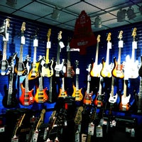 Photo taken at Guitar Center by Malkom on 12/15/2012
