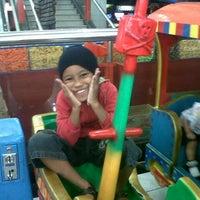 Photo taken at Keraton Jombang by Agus W. on 3/10/2013
