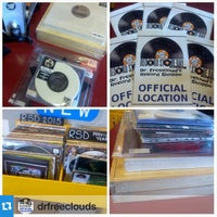 Photo taken at Dr. Freecloud's Record Shoppe by Remo on 4/18/2015