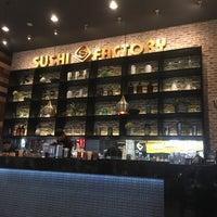 Foto tomada en Sushi Factory por Julio César Y. el 7/1/2017