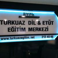 Photo taken at Turkuaz Dil Eğitim Merkezi by 🐞MİNE T. on 10/3/2016