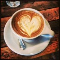 Снимок сделан в Birch Coffee пользователем Jean-Wich aka. Vincent 4/29/2013