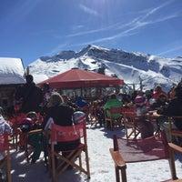 Photo taken at Le Yeti Avoriaz by Frédéric K. on 3/10/2017