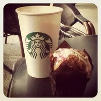 Das Foto wurde bei Starbucks Reserve von Zoe G. am 10/9/2012 aufgenommen