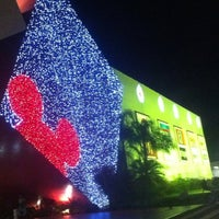 Photo taken at Shopping Paralela by Glauber A. on 11/14/2012