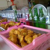 Photo taken at Burjo Geulis 04 by suryandhika m. on 9/18/2012