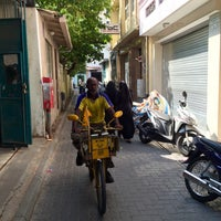 Photo taken at Dhilbahaaru Goalhi by Jalle . on 12/7/2014