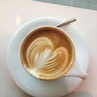 Снимок сделан в Au Breve Espresso пользователем Meg R. 1/24/2013