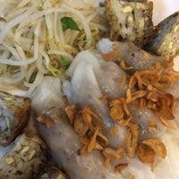 Photo taken at Banh Cuon Tay Ho by Leandro B. on 6/23/2015