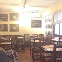 Foto tomada en Charcutería-Restaurante Sanabres por Brujita O. el 3/20/2014