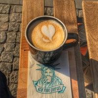 Photo taken at New York Coffees by Nastasiya O. on 3/31/2017