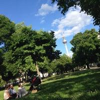 6/15/2014 tarihinde Shuya @.ziyaretçi tarafından Monbijoupark'de çekilen fotoğraf