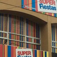 11/2/2016에 Laura F.님이 Super Fiestas에서 찍은 사진