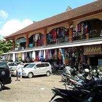 Photo taken at Pasar Umum Sukawati by Michelle A. on 7/10/2014