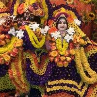 Photo prise au Radha Govinda Mandir par Radhika P. le8/11/2014