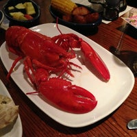 Photo taken at Red Lobster by oki s. on 12/8/2012