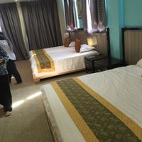 Photo taken at Hallmark View Hotel by Mohd Shakib H. on 1/10/2015