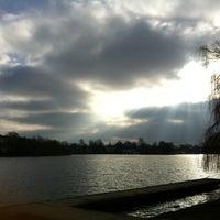 Das Foto wurde bei Alster Jogging von stef am 2/27/2013 aufgenommen