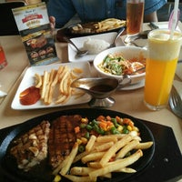 Photo taken at Steak 21 by deeayu on 7/24/2016