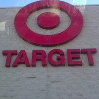Das Foto wurde bei Target von Pauly D. am 1/19/2013 aufgenommen