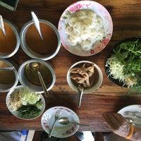 Photo taken at ขนมจีนสุพรรณี by AEA B. on 5/1/2016
