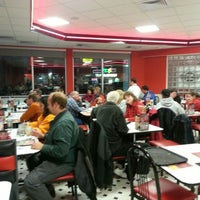 Photo taken at Steak 'n Shake by Susie H. on 12/12/2012
