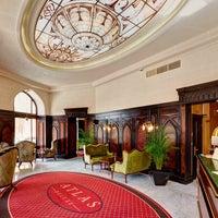 Photo taken at Atlas Deluxe Hotel by Атлас Делюкс готель / Atlas Deluxe Hotel on 12/19/2014