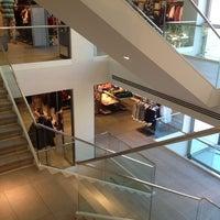 9/29/2012 tarihinde Bora C.ziyaretçi tarafından Zara'de çekilen fotoğraf