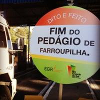 Photo taken at Pedágio Univias by Thiago K. on 5/31/2013