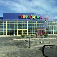 "Photo taken at Toys""R""Us by Ruben R. on 3/19/2015"