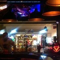 9/29/2013 tarihinde Melis U.ziyaretçi tarafından Körfez Bar'de çekilen fotoğraf