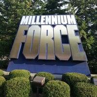 Снимок сделан в Millennium Force пользователем Derek J. 9/1/2013