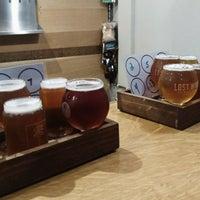 11/13/2017에 Aimee B.님이 Left Coast Brewery에서 찍은 사진