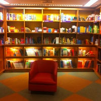Photo taken at Livraria Cultura by Patricia G. on 5/4/2013