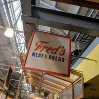 Das Foto wurde bei Fred's Meat & Bread von jbrotherlove am 6/9/2018 aufgenommen