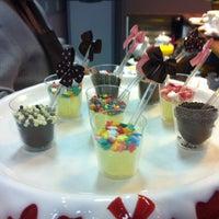 Photo taken at Confeitaria Cook Love by Graziela A. on 4/13/2013