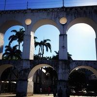 Foto tirada no(a) Arcos da Lapa por Rodrigo M. em 4/16/2013