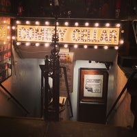 Foto tirada no(a) Comedy Cellar por Justin R. em 6/7/2013
