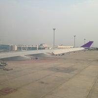 Photo taken at Thai Airways Flight TG 115 by Ek A. on 4/12/2013