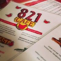 Das Foto wurde bei 821 Cafe von Maureen H. am 4/3/2013 aufgenommen