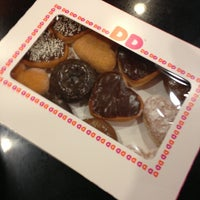 Photo taken at Dunkin' Donuts by Walter L. on 2/8/2013