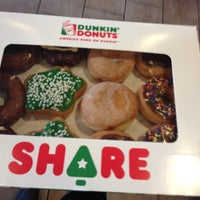 Photo taken at Dunkin' Donuts by Walter L. on 12/14/2012