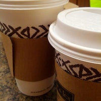 Photo taken at Peet's Coffee & Tea by H Teresa K. on 9/22/2012