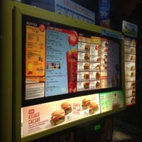 Photo taken at SONIC Drive In by Lor B. on 11/26/2012
